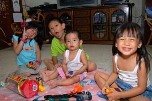 (L-R) Charlotte, Darrell, Jason & Julia